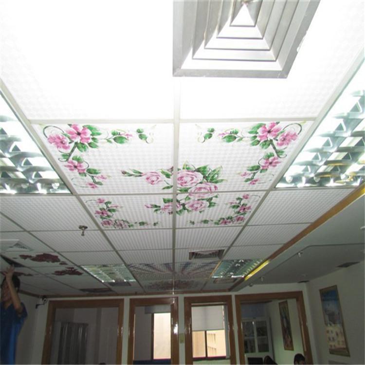 天花吊顶大幅面理光uv万能打印机